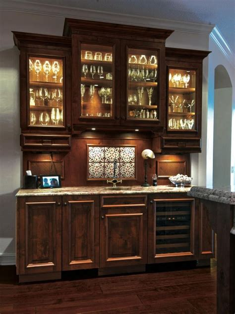 entertainers guide  designing  perfect wet bar