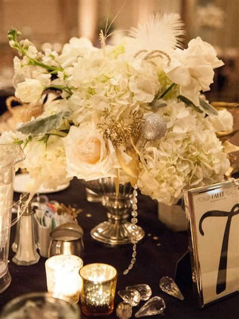 Great Gatsby Inspired Wedding//modern jewish table