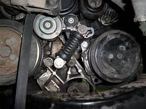 Changement Courroie De Distribution Picasso Diesel : changement pompe hp et syst me tendeur de la courroie jilks ~ Gottalentnigeria.com Avis de Voitures