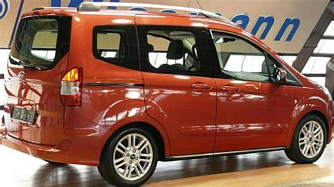 ford tourneo courier titanium ford courier tourneo 1 5 tdci titanium taclfk46443 venice rot quot autohaus wissmann quot