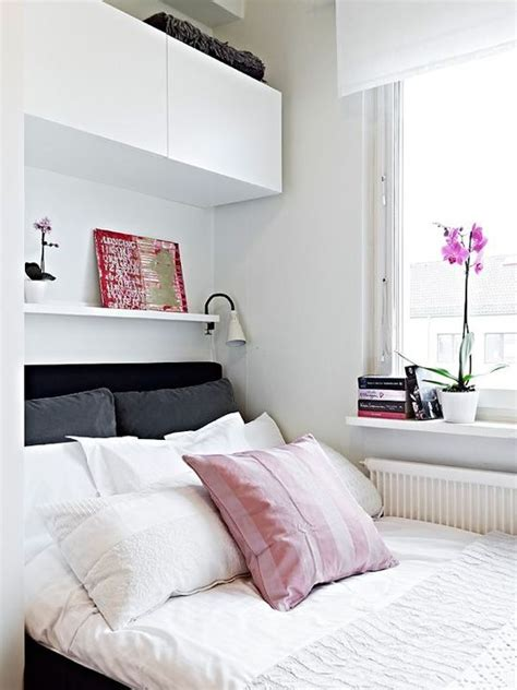 small bedroom organization ideas 25 best ideas about small bedroom storage on
