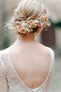 18 Super Romantic Relaxed Summer Wedding Hairstyles
