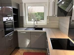 Küche Weiß Hochglanz : k chenpreis f r burger k che f298 quarz grau hochglanz ~ Watch28wear.com Haus und Dekorationen