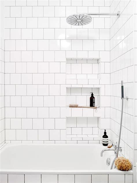 white tile bathroom designs best 20 white tiles ideas on