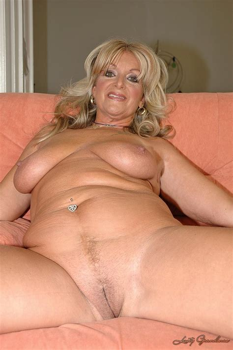 001 (2).jpg in gallery Mature Milf Older Spreading Legs MIX 7 (Picture 3) uploaded by CCarL on ...