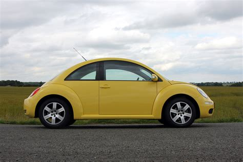2000 Vw Beetle Reviews by Volkswagen Beetle Hatchback Review 1999 2010 Parkers