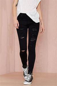25+ best ideas about Black Ripped Jeans on Pinterest | Ripped black skinny jeans Black jeans ...