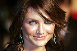 Cameron Diaz Steps Out With Brown Hair  Nose Piercing