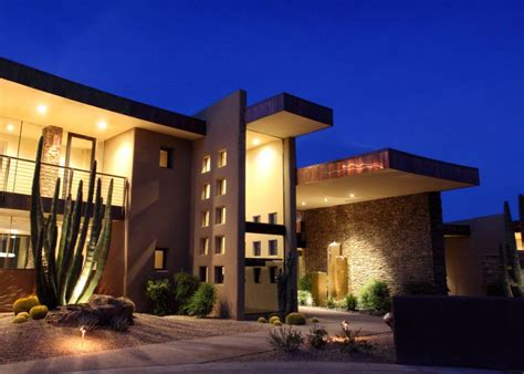 Beautiful Modern House In Desert Architecture