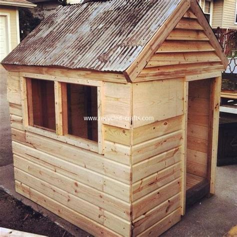 wooden pallet kids playhouse plans recycled crafts