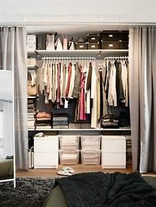 Dressing Tout En Un Avec Rideau : dressing avec rideau 25 propositions pratiques et jolies ~ Dailycaller-alerts.com Idées de Décoration