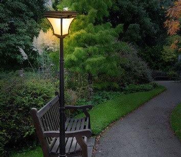 model lampu taman minimalis rumahliacom
