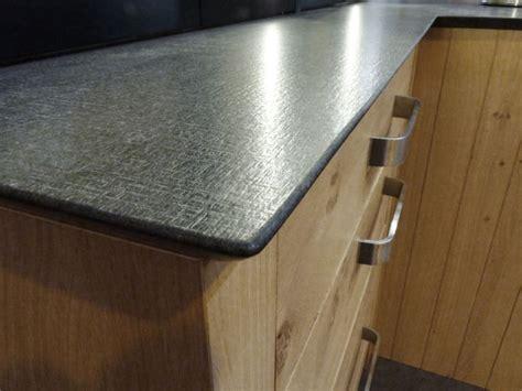 atelier culinaire cuisine ch 234 ne massif clair desserte plan de travail granit z finition