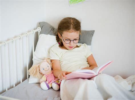 in welche himmelsrichtung schlafen um welche zeit sollten kinder schlafen gehen