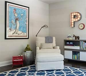 la chambre bebe en 15 exemples inspirants With affiche chambre bébé avec fauteuil fleur design