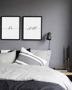 30 simple creative bedroom wall decoration ideas for Bedroom wall art