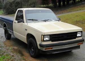 1984 Isuzu Chevy S10 Diesel Truck 5-speed Trans