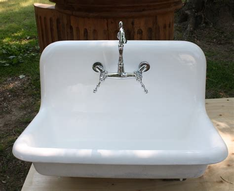 cast iron farmhouse sink cast iron farmhouse sink reviews with farmhouse kitchen