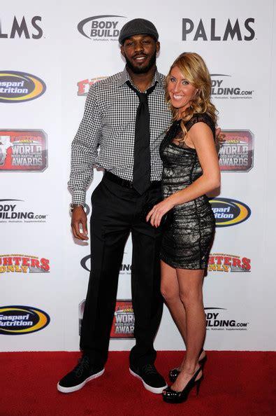 sports stars jon jones girlfriend jessie moses