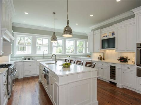White Metal Kitchen Cabinets by Painting Kitchen Cabinets Antique White Hgtv Pictures