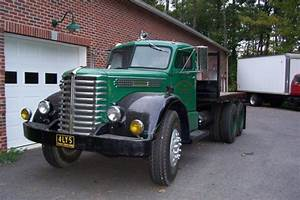 1949 Diamond T 704 Tandem Flat Bed For Sale