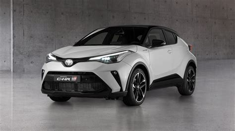 Toyota shīeichiāru) is a subcompact crossover suv produced by toyota. New Toyota C-HR GR Sport due in 2021 | Carbuyer