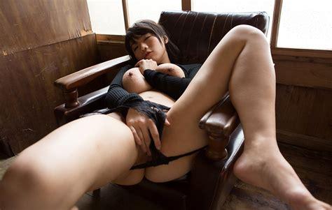 Thumbnow Japanese Babe Kaho Shibuya 渋谷果歩 Erotic Photo 9