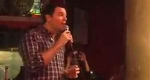 Cafe Piano Bremen : off the record kind of like the time seth macfarlane was at lucille s piano bar ~ Orissabook.com Haus und Dekorationen
