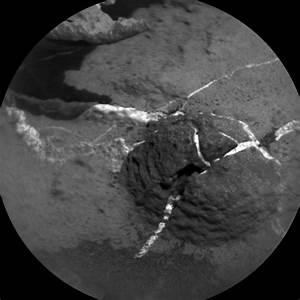 Curiosity Rover's Busy Weekend on Mars