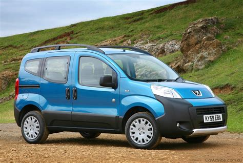 peugeot bipper peugeot bipper tepee released in the uk photos 1 of 5