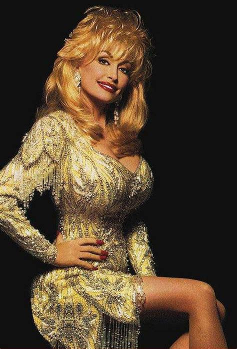 Actress and Celebrity Pictures: Dolly Parton