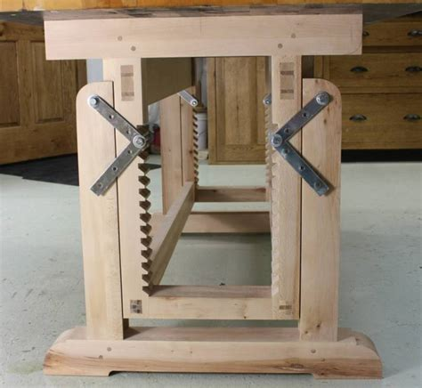 woodworking bench  story continues
