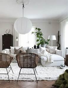 notre inspiration du jour est la chaise en osier With tapis shaggy avec canape osier rotin