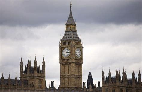 chambre des communes londres le parlement britannique se prononce sur l ordination des