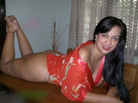Gorgeous Kanpur Housewife Sexy Private Lingerie Images