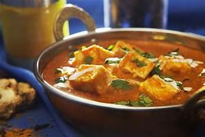 Murgh Musallam - Mughlai Style Chicken in Spices