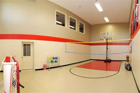 Cute Living Room Ideas For Small Spaces by 19 Modern Indoor Home Basketball Courts Plans And Designs