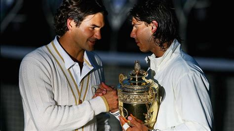 Federer - Nadal 2007 Wimbledon on Vimeo | The crucial game in the 5th set. Amazing Fed forehands.