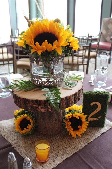 Savannahs Garden Kristins Fall Sunflower Wedding At