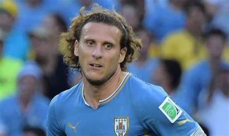 TEAMS: Forlan replaces Suarez for Uruguay; Rodriguez and ...