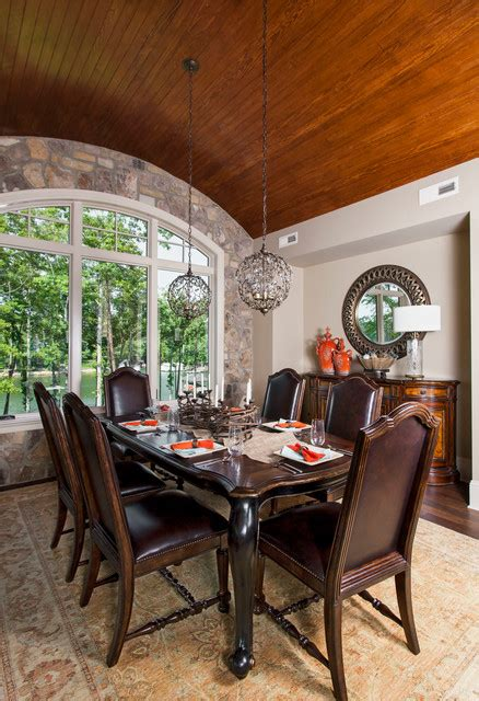 luxury traditional dining rooms   turn  home   palace