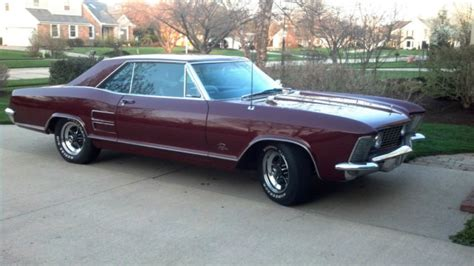 Seller Of Classic Cars  1964 Buick Riviera (claret Mist