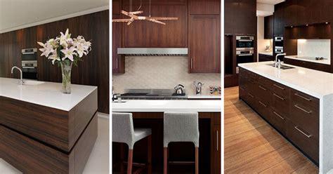 kitchen tile inspiration تلفیق کابینت چوب طبیعی و رنگ سفید خانه نو 3262