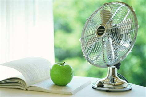 10 Easy Ways To Keep Energy Costs Down