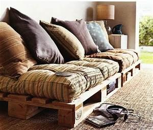 Paletten Couch Kissen : 50 coole modelle sofa aus europaletten ~ Orissabook.com Haus und Dekorationen