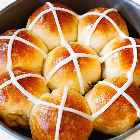 easy hot cross buns recipe mccormick