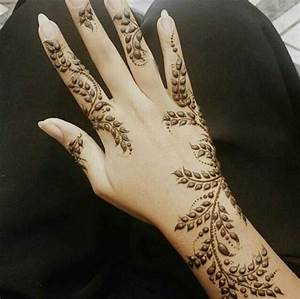 The 25+ best Traditional mehndi designs ideas on Pinterest ...