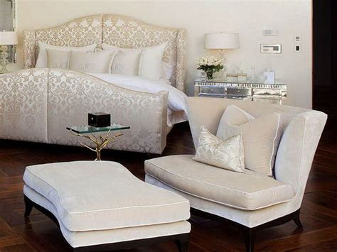 master bedroom chairs how to decorate your master bedroom with a chaise lounge chair