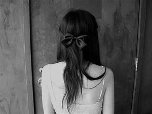 欧美黑白女生图片,黑白系列伤感女图-七七空间-qqkj