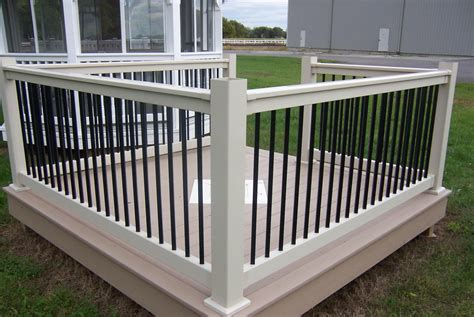 Lowes Pvc Decking by Vinyl Railing With Black Balusters Decks Amp Fencing